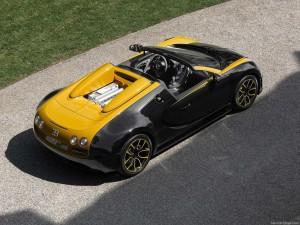 Bugatti-Veyron_Grand_Sport_Vitesse_1of1_2014_1024x768_wallpaper_03
