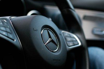 steering-wheel-2927406_640