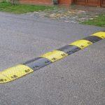 Bezpečnost na silnicích VB zajišťují retardéry: Zachraňují životy, ale mají i nevýhody